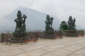 Tian Tan Buddah